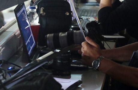 Φραστική επίθεση σε δημοσιογράφους στο Καραϊσκάκη