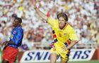 Ο Φλόριν Ραντουτσόγιου έχει μόλις σκοράρει στον αγώνα της Ρουμανίας με την Κολομβία στο Παγκόσμιο Κύπελλο του '94