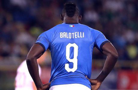 Ο Μάριο Μπαλοτέλι της Ιταλίας σε στιγμιότυπο του αγώνα με την Πολωνία για το Nations League 2018-2019 στο 'Ρενάτο νταλ' Άρα', Μπολόνια, Παρασκευή 7 Σεπτεμβρίου 2018