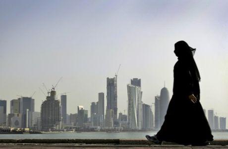 Οι εκατοντάδες νεκροί και οι εξευτελιστικές αμοιβές του Κατάρ 2022