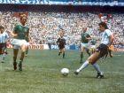 Ο Χόρχε Βαλντάνο με άψογο στυλ πετυχαίνει το 2ο γκολ της Αργεντινής στον τελικό με τη Δυτική Γερμανία