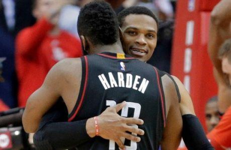 Ο Westbrook τις εντυπώσεις, ο Harden τη νίκη