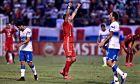 Παίκτης της Αμέρικα ντε Κάλι πανηγυρίζει, μετά τη λήξη της αναμέτρησης μεταξύ της ομάδας του και της Ουνιβερσιδάδ ντε Κατόλικα για το Copa Libertadores 2019-2020