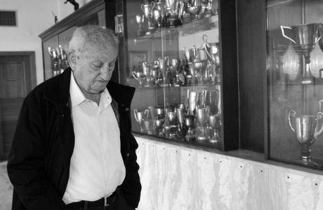 Ο Ολυμπιακός θρηνεί για τον Τάκη Βεντίκο