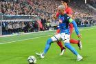 Ο Χοσέ Καγεχόν της Νάπολι μονομαχεί με τον Αντρέ Ραμάλιο της Ζάλτσμπουργκ για τη φάση των ομίλων του Champions League 2019-2020 στη 'Ρεντ Μπουλ Αρένα', Ζάλτσμπουργκ, Τετάρτη 23 Οκτωβρίου 2019