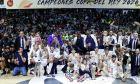 Η Ρεάλ Μαδρίτης σύσσωμη πανηγυρίζει το 28ο Κύπελλο του Βασιλιά. Λογικό για μια... βασίλισσα