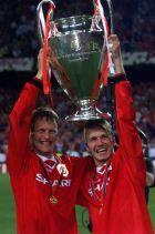 Πριν σκοράρει ο Όλε Γκούναρ Σόλσκιερ, είχε κάνει το 1-1 ο Τέντι Σέριγχαμ, στον τελικό Champions League 1998-1999 της Βαρκελώνης κόντρα στην Μπάγερν. Ο σκόρερ της Μάντσεστερ Γιουνάιτεντ, λίγα λεπτά μετά, αγκαλιά με το τρόπαιο και τον Ντέιβιντ Μπέκαμ