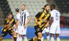 Ο Ντμιτρό Τσιγκρίνσκι της ΑΕΚ πανηγυρίζει γκολ που σημείωσε κόντρα στον ΠΑΟΚ για τα playoffs της Super League 1 2019-2020 στο γήπεδο της Τούμπας | Τετάρτη 1 Ιουνίου 2020