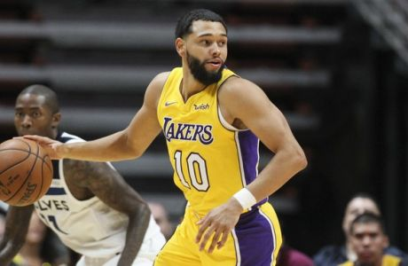 Los Angeles Lakers guard Tyler Ennis #10 in actions during an NBA preseason basketball game between Los Angeles Lakers and Minnesota Timberwolves in Anaheim, Calif., Saturday, Sept. 30, 2017. (AP Photo/Ringo H.W. Chiu)