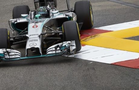 GP Μονακό (QF): Αμφιλεγόμενη pole για Rosberg