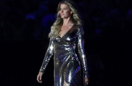 Aug 5, 2016; Rio de Janeiro, Brazil; Gisele Bundchen performs during the opening ceremonies for the Rio 2016 Summer Olympic Games at Maracana. Mandatory Credit: Rob Schumacher-USA TODAY Sports ORG XMIT: USATSI-323234 ORIG FILE ID:  20160805_jel_usa_096.jpg