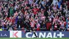 Ο Αρίτς Αντούριθ σκοράρει με τη φανέλα της Αθλέτικ Μπιλμπάο στο 'San Mames' σε αναμέτρηση με την Ρεάλ Μαδρίτης για την ισπανική La Liga | 7 Μαρτίου 2015 (AP Photo/Alvaro Barrientos)