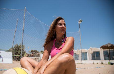 Άννα Σαλαπάτα: Από τη δημοσιογραφία στο beach volley
