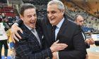Ρικ Πιτίνο και Αργύρης Πεδρουλάκης, ο νυν και ο πρώην προπονητής του Παναθηναϊκού ΟΠΑΠ σε μια χαλαρή στιγμή τους