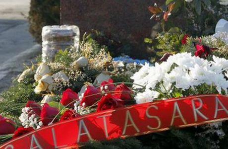 Στο μνήμα του Ίβκοβιτς ο πρόεδρος της Γαλατάσαραϊ (PHOTOS)