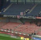 """Οι οπαδοί είπαν """"ΦΥΓΕ"""" στον Στραματσόνι με σούπερ πανό!"""