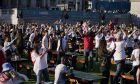 Η Εθνική Αγγλίας παραφρόνησε τους Άγγλους, εδώ στην πλατεία Τραφάλγκαρ στη διάρκεια του ημιτελικού με τη Δανία