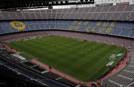 Spanish La Liga soccer match between Barcelona and Las Palmas is played at the Camp Nou stadium in Barcelona, Spain, Sunday, Oct. 1, 2017. Barcelona's Spanish league game against Las Palmas is played without fans amid the controversial referendum on Catalonia's independence. (AP Photo/Manu Fernandez)