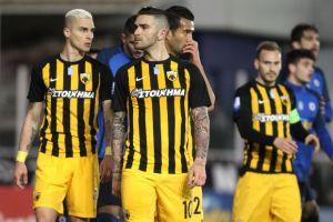 Ατάκες τίτλου στα αποδυτήρια της ΑΕΚ παρά την απώλεια στο Περιστέρι