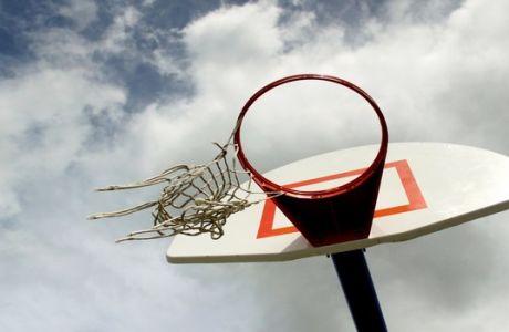 Μια λεπτό προς λεπτό κριτική της χειρότερης ελληνικής ταινίας για το μπάσκετ