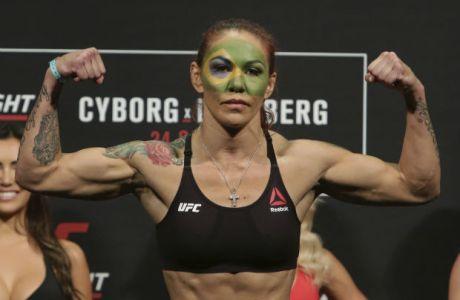 H νέα πρωταθλήτρια του UFC... δέρνει και τον McGregor! (VIDEO)