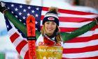 Η Μικαέλα Σίφριν μετά τη νίκη της στο σλάλομ γυναικών, στο Παγκόσμιο Πρωτάθλημα Αλπικού Σκι στο Όρε της Σουηδίας.