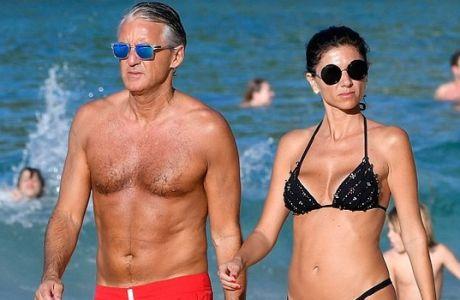 Εξωτικές διακοπές με σέξι σύντροφο για Μαντσίνι!