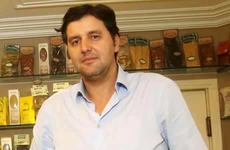 Το photostory της συνέντευξης του Ντέγιαν Μποντιρόγκα στο Contra.gr