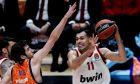 Ο Κώστας Σλούκας είχε 11 ασίστ στην εκτός έδρας νίκη του Ολυμπιακού επί της Βαλένθια
