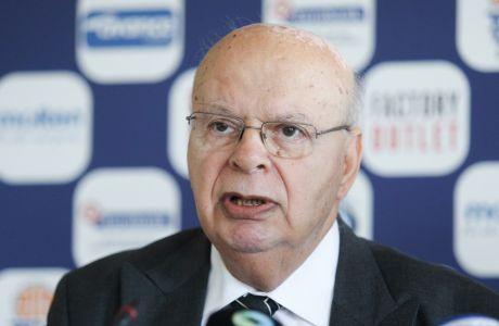 Πρωταγωνιστής στις εκλογές της ΕΟΚ από το 1977, πρώτη φορά εκλεγμένος το 1980, ο Γιώργος Βασιλακόπουλος
