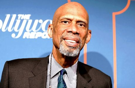 Kareem Abdul-Jabbar arrives at The Hollywood Reporter's 2017 Academy Awards Nominees Night at Spago on Monday, Feb. 6, 2017, in Beverly Hills, Calif. (Photo by Rich Fury/Invision/AP)