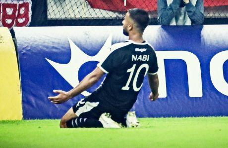 Ο Ναμπί με καταπληκτικό σουτ πέτυχε το γκολ του ΟΦΗ στην ήττα με σκορ 2-1 από τον Ολυμπιακό στο 'Γ. Καραϊσκάκης', για την 7η αγωνιστική της Super League 2019-2020 (19/10/2019) - ΦΩΤΟΓΡΑΦΙΑ:  Eurokinissi Sports