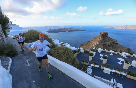 Running @ Santorini Experience