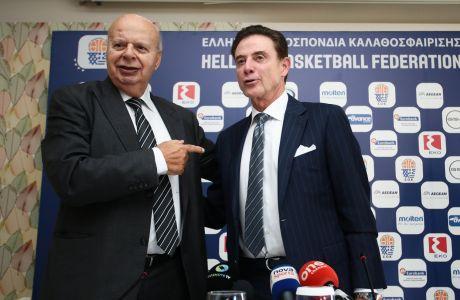 Γιώργος Βασιλακόπουλος και Ρικ Πιτίνο τον περασμένο Νοέμβριο. Όταν δεν υπήρχαν Παναθηναϊκός ΟΠΑΠ και... Αϊόνα