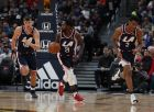 From left, Los Angeles Clippers center Ivica Zubac (40), Los Angeles Clippers guard Patrick Beverley (21) and Los Angeles Clippers guard Shai Gilgeous-Alexander (2) in the first half of an NBA basketball game Sunday, Feb. 24, 2019, in Denver. (AP Photo/David Zalubowski)