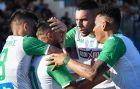 Ο Γκιάς Ζαχίντ χαμένος στις αγκαλιές των Μπουζούκη, Δώνη και Περέα μετά το γκολ στη Νέα Σμύρνη