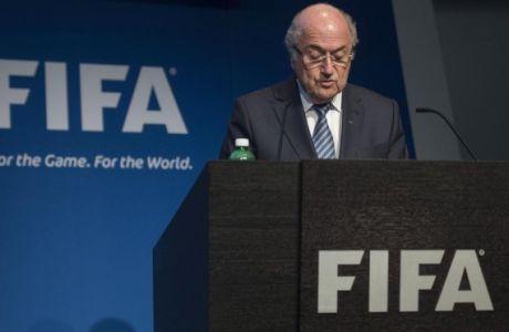 Παραμένει στην προεδρία της FIFA μέχρι τον Δεκέμβριο ο Μπλάτερ