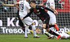Ο Κάι Χάβερτς πανηγυρίζει το γκολ που έβαλε μπροστά στο σκορ την Λεβερκούζεν στην αναμέτρηση με την Φρανκφούρτη για την Bundesliga, στις 5 Μαΐου του 2019. (AP Photo/Martin Meissner)