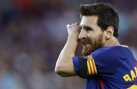 FC Barcelona's Lionel Messi gestures during the Spanish La Liga soccer match between FC Barcelona and Betis at the Camp Nou stadium in Barcelona, Spain, Sunday, Aug. 20, 2017. (AP Photo/Manu Fernandez)