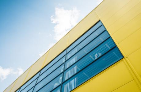 """Η κίτρινη - μπλε """"έκπληξη"""" στο μεγαλύτερο mall της Αθήνας"""