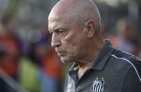 Ο προπονητής της Σάντος, Ζεσουάλδο Φερέιρα, σε στιγμιότυπο της αναμέτρησης με την Ντεφένσα για τη φάση των ομίλων του Copa Libertadores 2020 στο 'Νορμπέρτο Τομαγκέλο', Μπουένος Άιρες | Τρίτη 3 Μαρτίου 2020