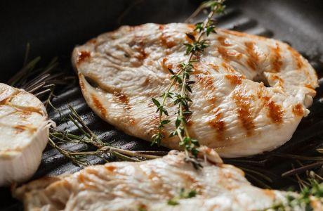 Είναι το κοτόπουλο η καλύτερη πηγή πρωτεΐνης;
