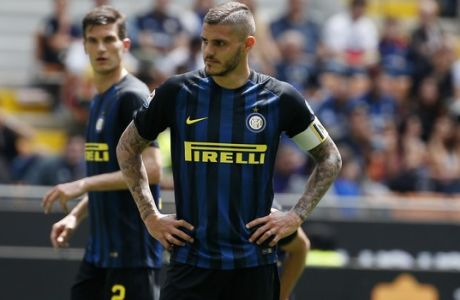 Inter Milan's Mauro Icardi stands during the Serie A soccer match between Inter Milan and Sassuolo at the San Siro stadium in Milan, Italy, Sunday, May 14, 2017. (AP Photo/Antonio Calanni)