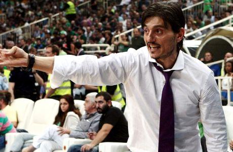 """Γιαννακόπουλος: """"Δεν ανέχομαι να με γ....ε μέσα στο γήπεδο"""" (VIDEOS)"""