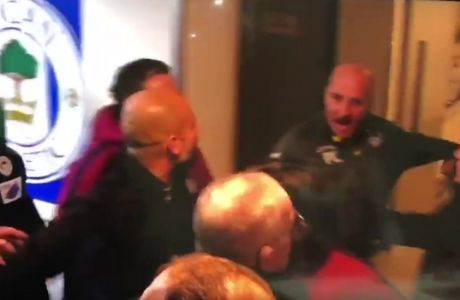 Τσαμπουκάς Γκουαρδιόλα με τον προπονητή της Γουίγκαν στα αποδυτήρια!