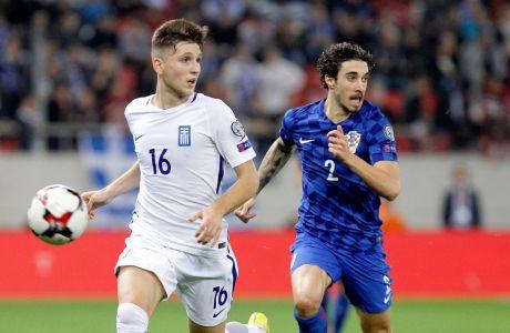 O Παναγιώτης Ρέτσος με την φανέλα της Εθνικής Ελλάδος σε αναμέτρηση κόντρα στην Κροατία