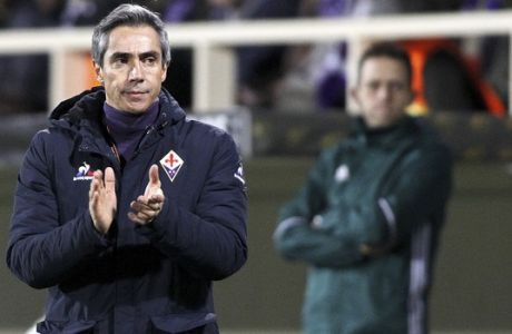 Fiorentina's coach Paulo Sousa follows the action during an Europa League, round of 32, first leg, match between Fiorentina and Tottenham, at the Artemio Franchi stadium in Florence, Italy, Thursday, Feb. 18, 2016.  (AP Photo/Fabrizio Giovannozzi)