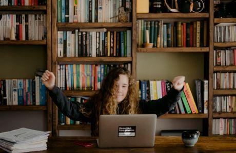 Ψηφιακή Μέριμνα 2021: Μαθητές και φοιτητές επιλέγουν Public για καλό σκοπό!