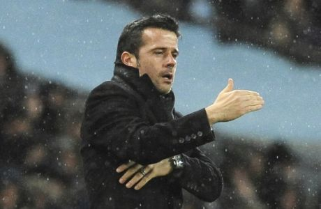 Watford manager Marco Silva during the English Premier League soccer match between Manchester City and Watford at Etihad stadium, in Manchester, England, Tuesday, Jan. 2, 2018. (AP Photo/Rui Vieira)