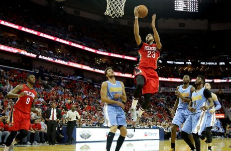 NEW ORLEANS, LA - OCTOBER 26:  Anthony Davis #23 of the New Orleans Pelicans shoots over Will Barton #5 of the Denver Nuggets during the second quarter at the Smoothie King Center on October 26, 2016 in New Orleans, Louisiana. NOTE TO USER: User expressly acknowledges and agrees that, by downloading and or using this photograph, User is consenting to the terms of the Getty Images License Agreement. (Photo by Sean Gardner/Getty Images)